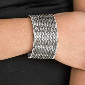 Glitter Gossip - Silver bracelt